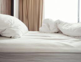 Dôležité detaily, ktoré by sme si mali všímať v spálni