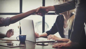 Čo dokáže zvýšiť produktivitu zamestnancov pracujúcich v kancelárii?