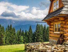 Tipy, ako si zútulniť chatku v horách
