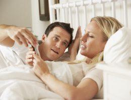 Nefunguje vám to v posteli? Máme pre vás riešenie, ako odstrániť problémy za dverami spálne