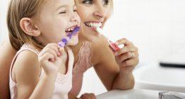 Ako si udržať zuby zdravé a žiarivo biele?